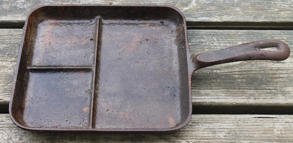 Cleaning Cast Iron by Electrolysis